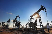 US oil and gas industries set to face challenges in near future