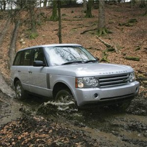 Land Rover aims to encourage female engineers