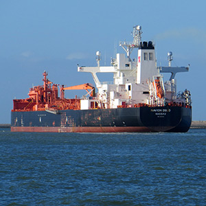 The Navion Oslo, a crude oil tanker. Photo: Roel Hemkes