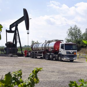 Onshore drilling activity in the UK. Photo courtesy of United Kingdom Onshore Oil and Gas