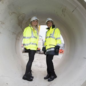 Deputy First Minister Nicola Sturgeon with a Scottish Water apprentice